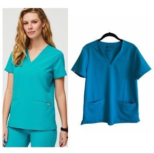 Figs Casma teal 3 pocket scrub top limited edition